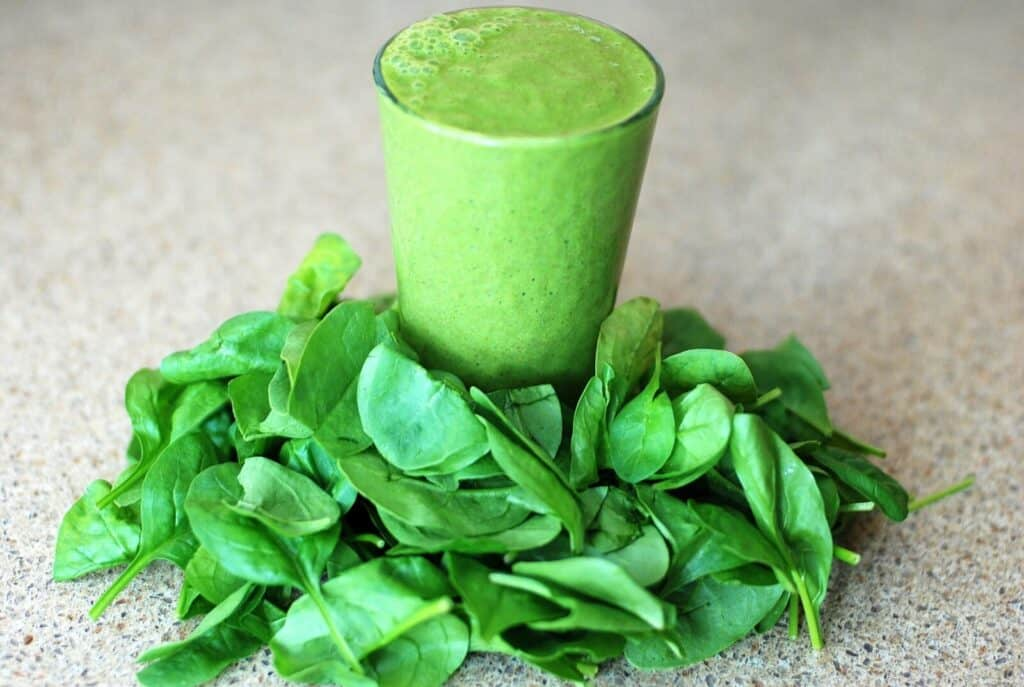 eat spinach before spray tan